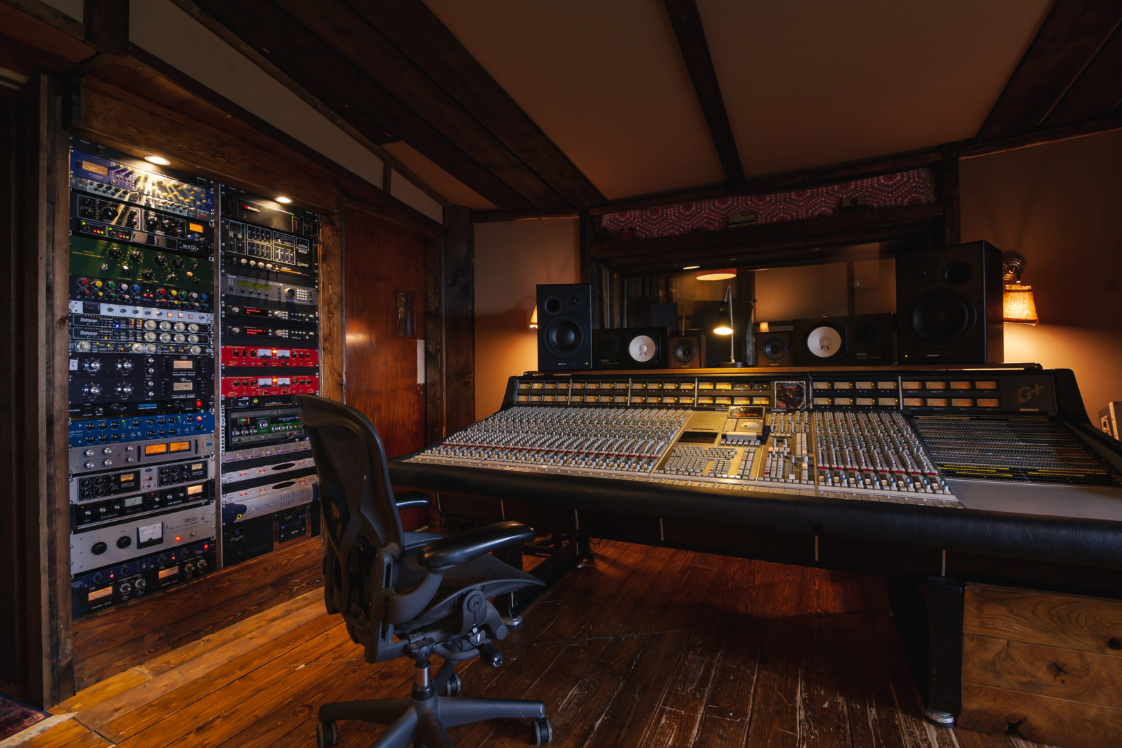 Black Mountain Studios-12