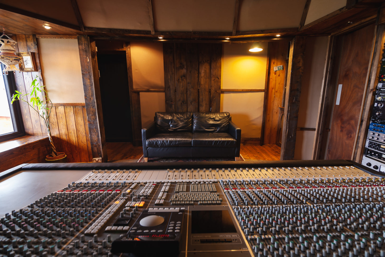 Black Mountain Studios-9